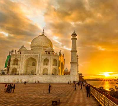 Taj Mahal Sunrise Tour