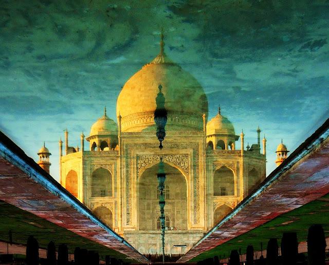 Taj Mahal Tour - Taj Reflection