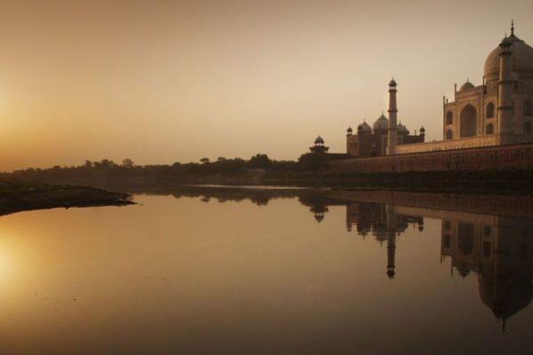 Amazing Sunrise Taj Mahal Tour